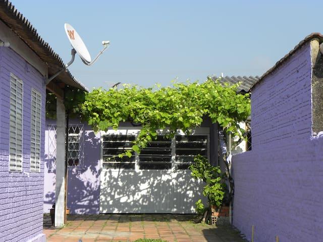 Quarto em Gravataí - RS - Gravataí