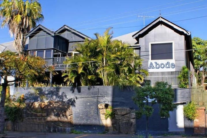 ABODE - Self Contained StudioLiving - Fortitude Valley - Apartament