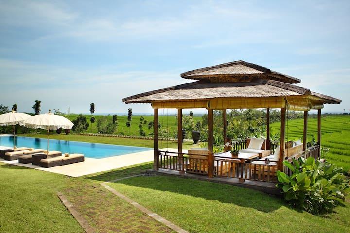 Spacious 3 bedroom Villa in Tabanan - Tabanan