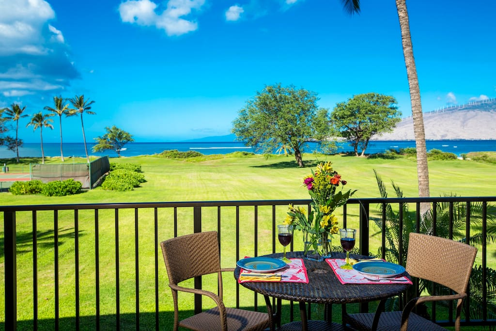 Enjoy meals and drinks from your private lanai with breathtaking forever views