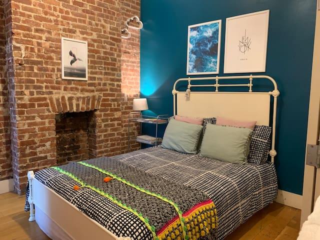 Beautiful, Cozy & Private Bedroom in Bushwick BKLN