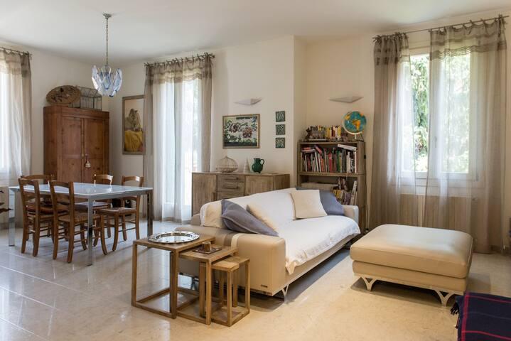 Charming Cosy & Clean Home in Verona!PrimeLocation - Verona - Apartment