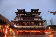 Buddha Tooth Relic Temple, a short walk from our hostel