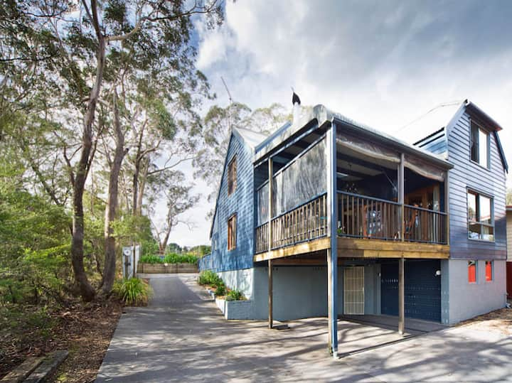 Treetops House Mount Victoria