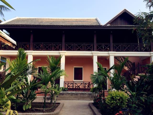 Matata Garden GH  Lao style roomA