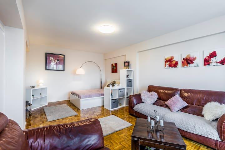 City Design II Apartment