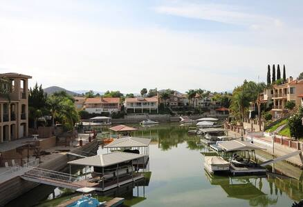 Luxury Waterfront Home - Canyon Lake - Maison