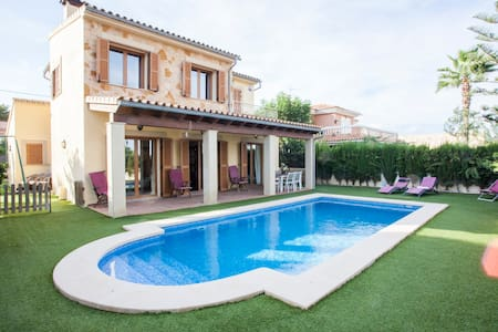 Villa in Calvia, South West Mallorc - Villa