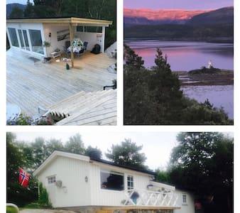 Hytte med anneks ved sjøen -  Casa Blanca (Åfjord)