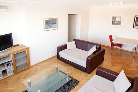 SKY-modern two bedroom apartment