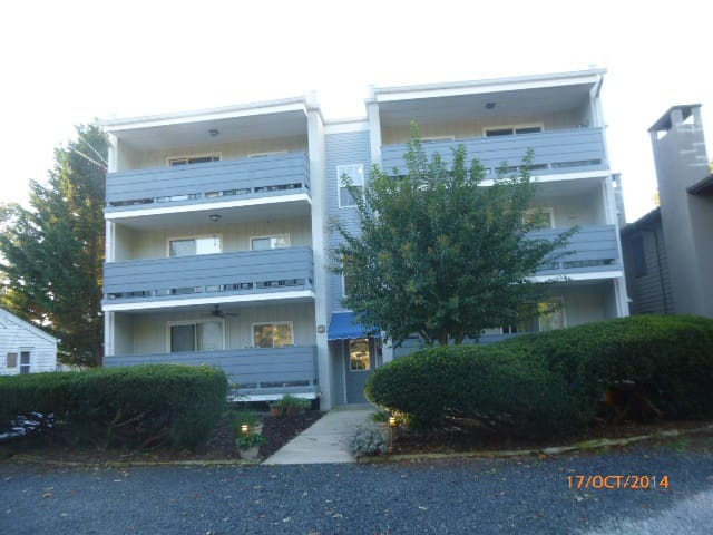 IN TOWN REHOBOTH BEACH  PENTHOUSE CONDO - Rehoboth Beach - Appartement