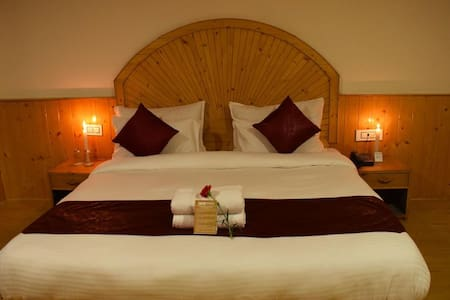 Sky One Ski Resort,Manali Executive One -Breakfast