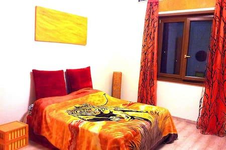 Santa Marinella appartamento centro spiaggia mare - Santa Marinella - Huoneisto