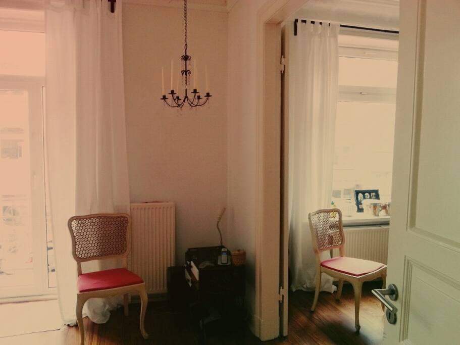 stylishe wohnung zum wohlf hlen wohnungen zur miete in. Black Bedroom Furniture Sets. Home Design Ideas