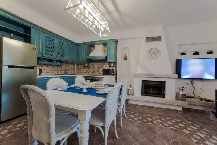 Toroni Luxury Villas - White Villa - Toroni - Villa