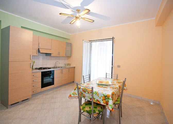 casa vacanze PACE  Etna eTaormina   - Presa - Apartment