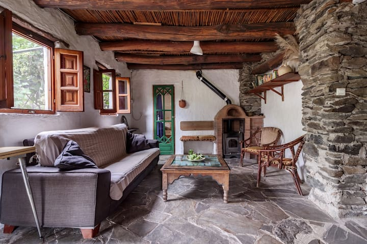 Eco-cottage on beautiful organic farm.Alpujarras