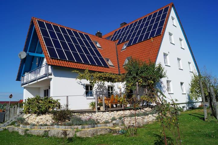 """Ferienwohung """"Höhenrausch"""" - Berg-Stöckelsberg - Apartemen"""