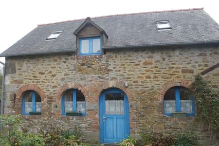 Maison proche bord de rance / côte d'émeraude - Le Minihic-sur-Rance - Ház