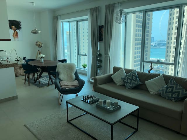 Stunning big 1 bedroom with amazing sea view