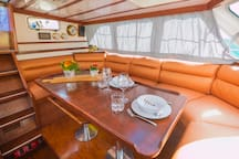 Bedinboat@breakfast in the center of Kalamata