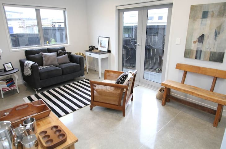 Escape to the Lakes - Air Conditioned apartment - Tauranga - Appartement