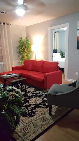 Executive 1 bed 1 bath with office in downtown OKC