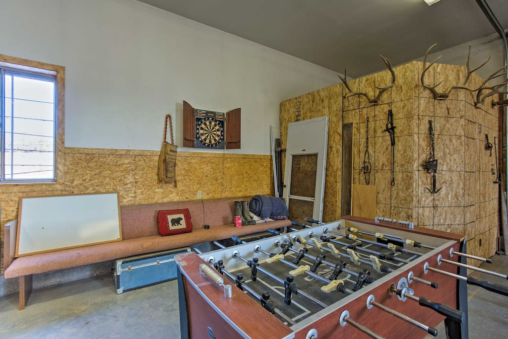 This vacation rental cabin provides access to the community game room.
