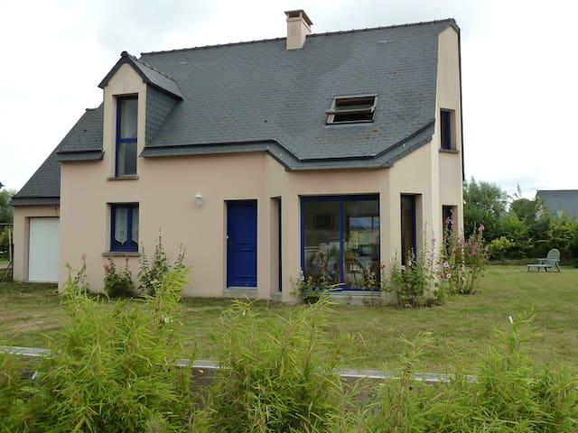 Maison lumineuse au calme - Cherrueix - Hus