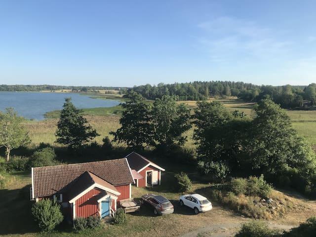 Stuga i Sankt Anna Skärgård