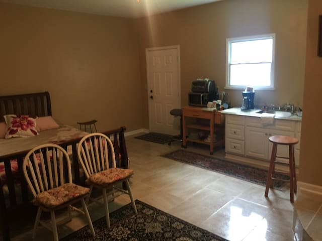 Large King Suite Kitchenette KSU Kennestone