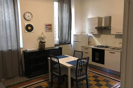 Angelo apt., downtown Brescia, two rooms, wi-fi