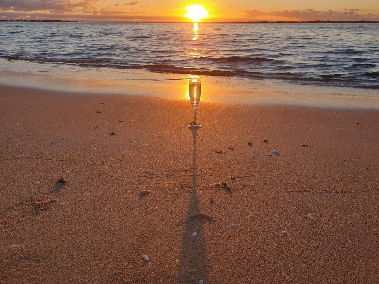 What will be your favourite sunset photo? We are sure you will have too many to choose from! Such a short stroll to the beach to admire stunning Indian Ocean sunsets.