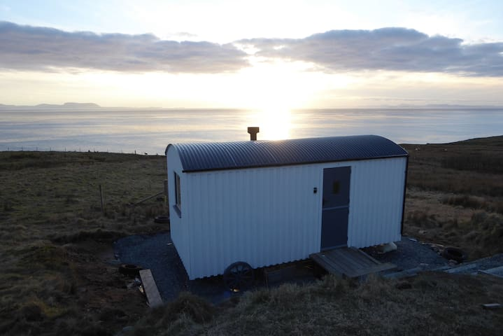 Fionncroft Shepherds Hut