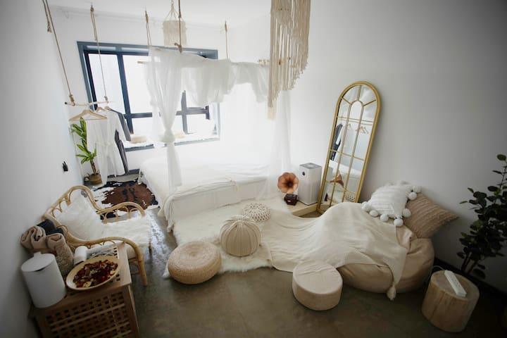 MORE·TIME|深圳CBD/宜家1.8m乳胶床垫乳胶枕/小米空气净化器/浴缸大床房