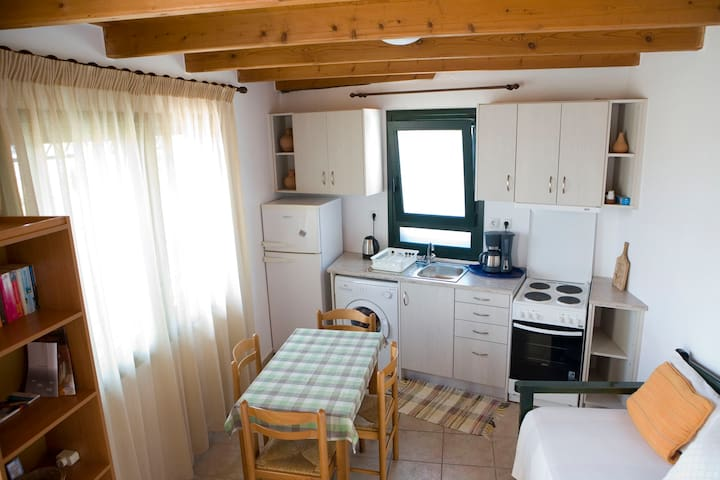 VILLAGE COTTAGES FOR 2-3 PERSONS - Kolymvari - Wohnung