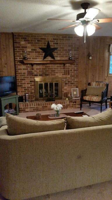 Cozy Livingroom.  DVD/VCR but no cable TV
