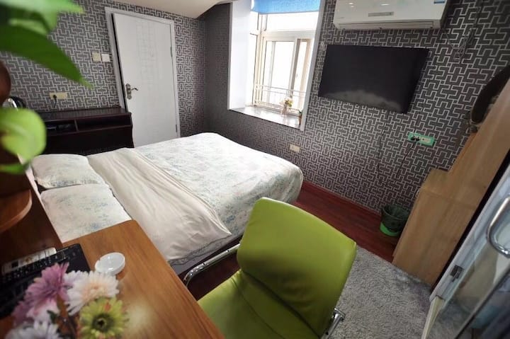 东方红广场观景标准大床房