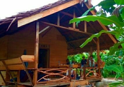 Betumonga Surf Camp spot surf