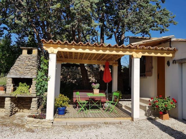 Gite en Provence-la huppe bleue