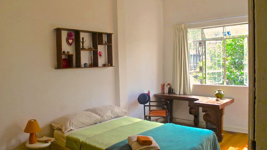 Spacious room with private terrace @ La Mansion - Mexico City