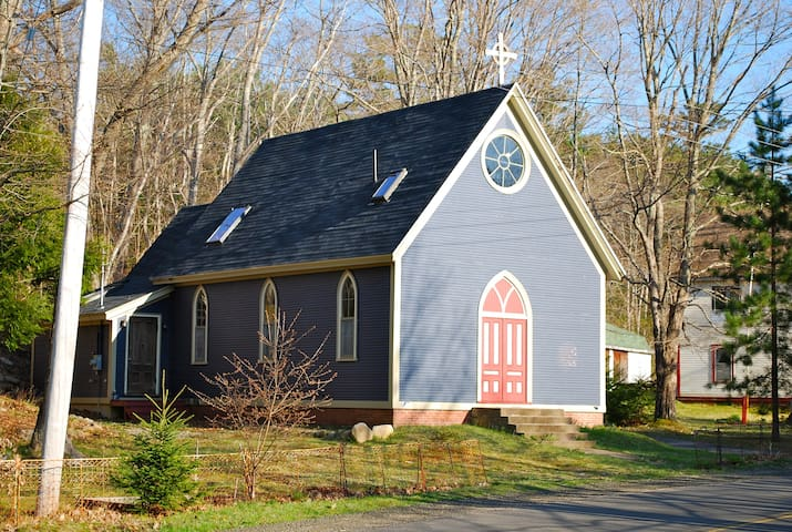Fabulous & Comfy Converted Church - Annapolis Royal - Ev