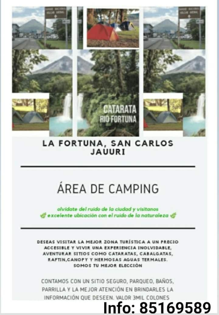 Zona de camping en La Fortuna
