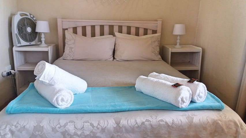 The Blue Cow Barn - Corlie Cottage - Barrydale - Bungalou