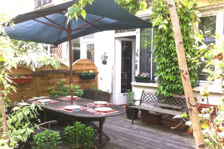 Oasis en plein Paris avec demi pension