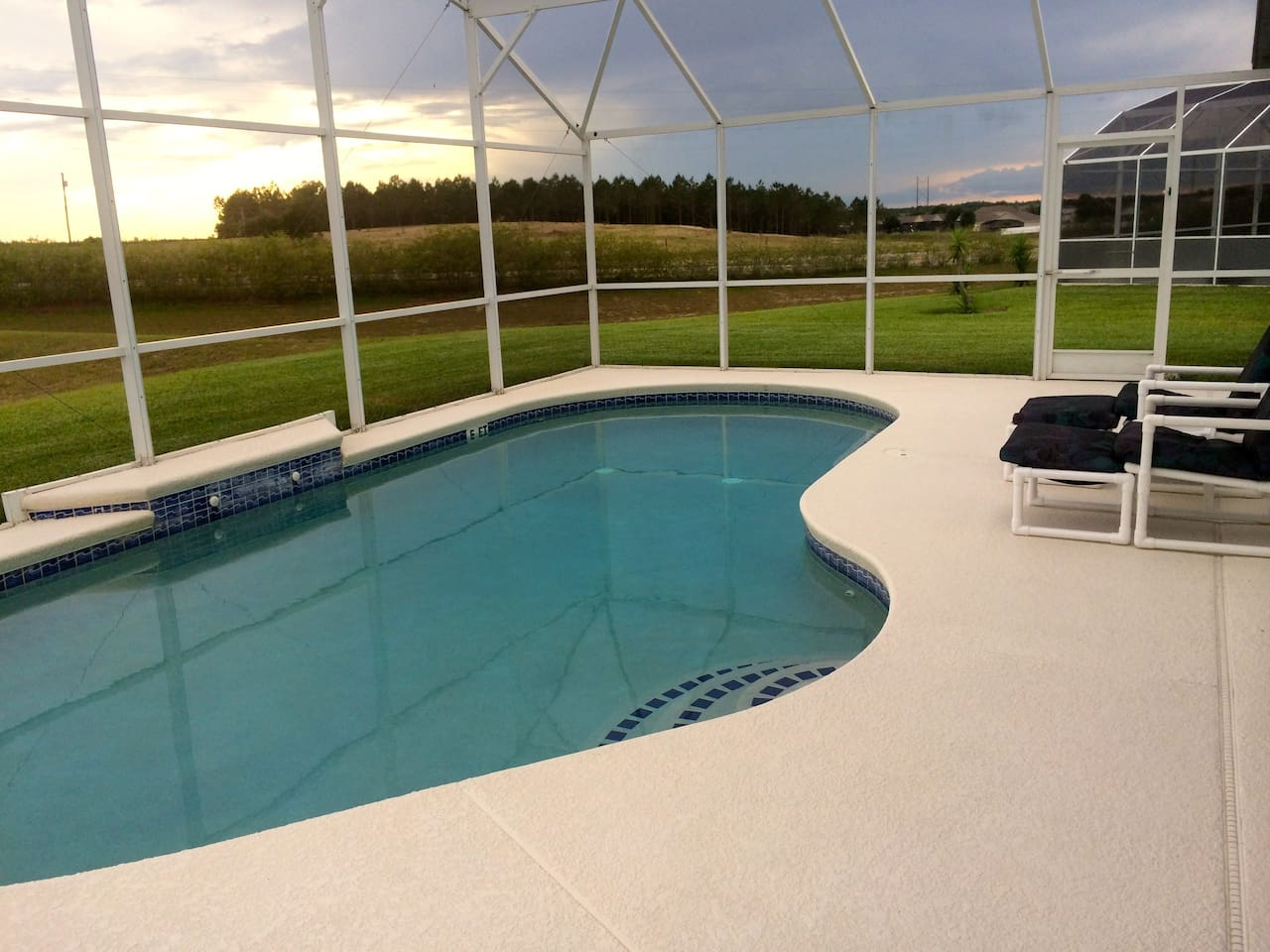 Stunning 3bd Pool Villa near Disney