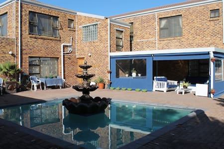 Quest Bed and Breakfast - Cape Town