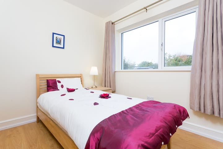 A lovely comfortable single room - Kinvarra - Casa