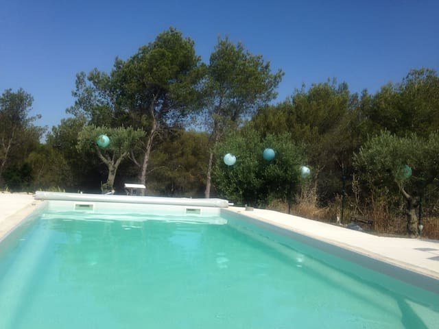 Villa avec piscine proche de Calanques de Cassis