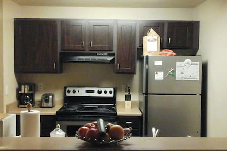 Clean-Cozy 1 Bd Apartment 712 sq ft - 費德勒爾韋(Federal Way)